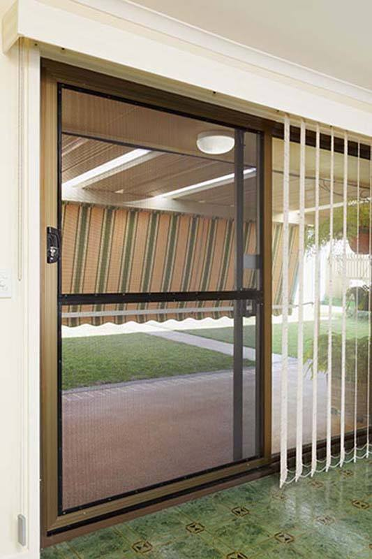 Security screen doors brisbane davcon crimsafe tweed for Cheap sliding screen doors